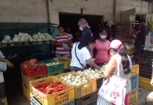 Venta de alimentos en Naguanagua