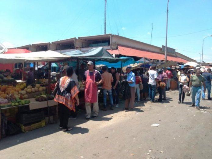 cierre del mercado Las Pulgas en Maracaibo