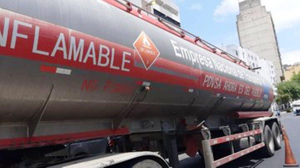 Detenido camión de gasolina en la Cota 905 - noticias24 Carabobo