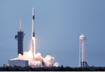 primera nave tripulada de SpaceX y la NASA