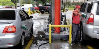 Detenidos por venta ilegal de gasolina