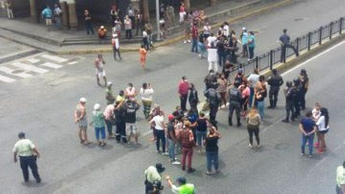 El Silencio salió a protestar - noticias24 Carabobo