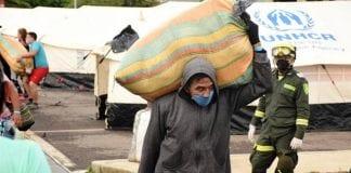 Primeros 300 venezolanos pasaron la frontera - noticias24 Carabobo