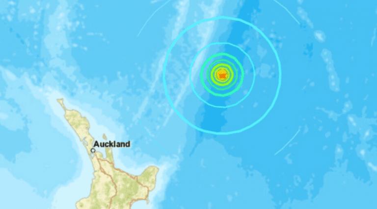 Fuerte sismo de magnitud 7.4 en islas de Kermadec, Nueva Zelanda