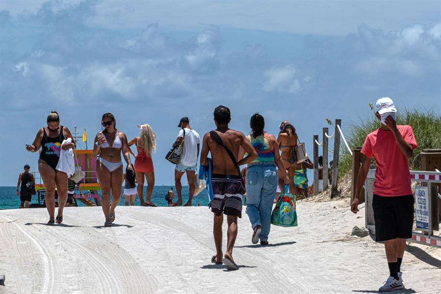 apertura de playas en Miami