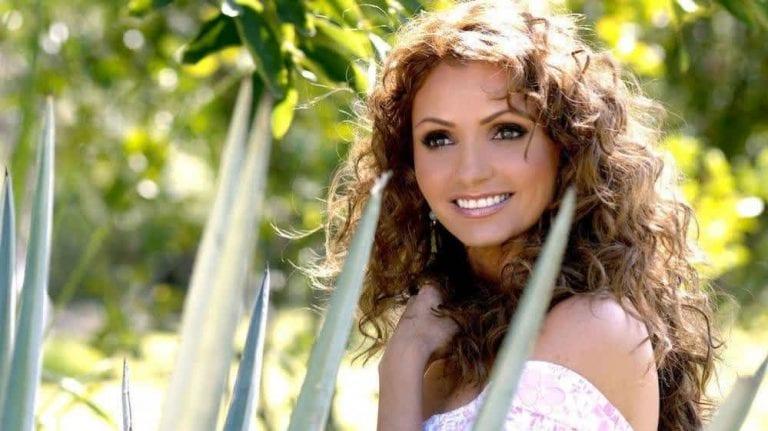 La Gaviota Angélica Rivera y su eterno papel en Destilando Amor