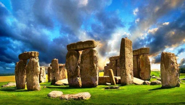 Científicos resuelven misterio del origen de los megalitos de Stonehenge