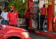 Colas para la gasolina en Valencia - Colas para la gasolina en Valencia