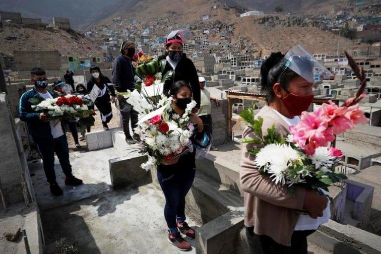 ¡En el mundo! Perú es el país con la más alta tasa de mortalidad por covid-19