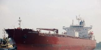 Buque petrolero de la India