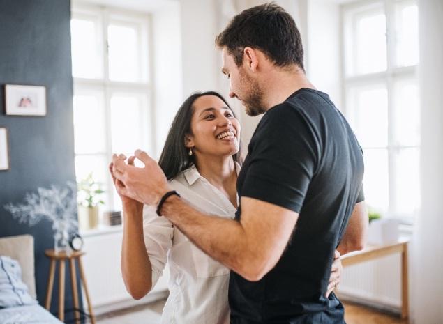 El alturismo es un hecho, las mujeres discriminan a los hombres bajitos