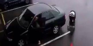 bebé en su coche - bebé en su coche