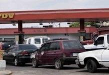 asesinan a conductor en cola por gasolina