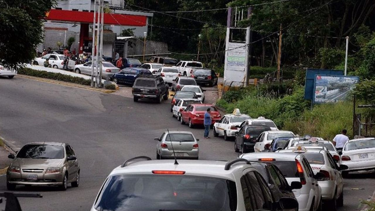 Las colas en Venezuela - Las colas en Venezuela