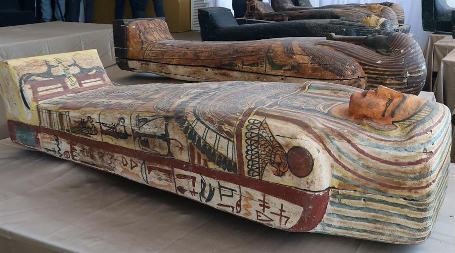 Egipto presentó 59 sarcófagos