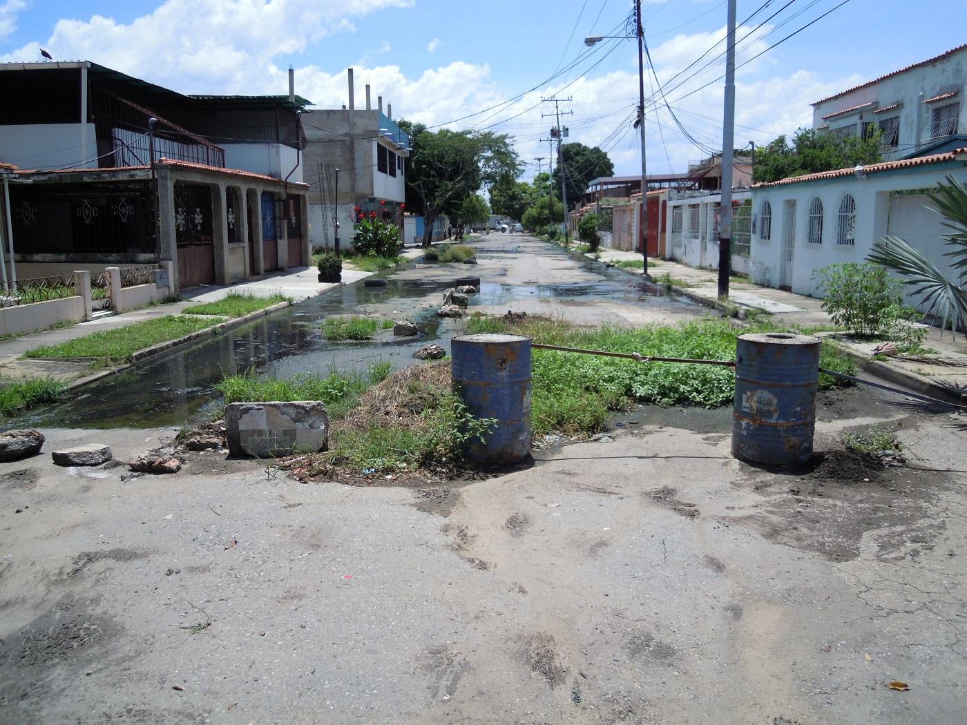 Aguas negras en la Fundación Mendoza - Aguas negras en la Fundación Mendoza