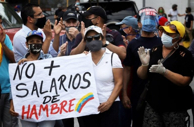 Protestas de docentes en gran parte del país por el salario