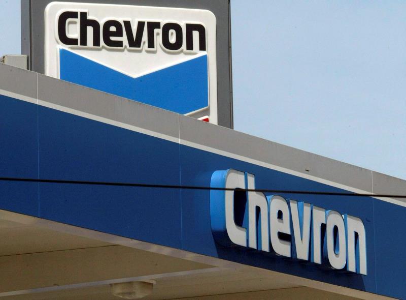Estados Unidos extiende licencia a Chevron