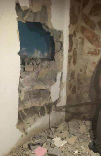 encuentran hermanas sepultadas en una pared