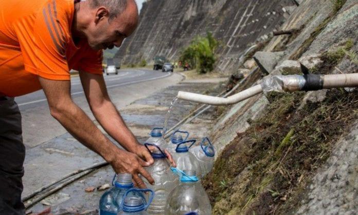 10.000 familias sin agua en Miranda