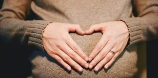 Mujer de 62 años embarazada