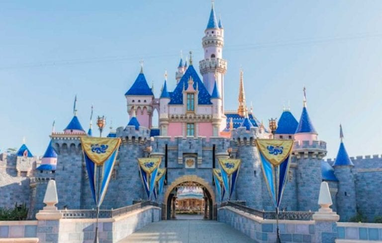 Disneyland no abrirá en California hasta 2021