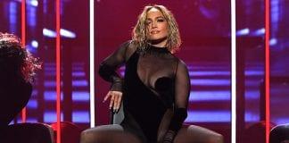 Jennifer Lopez posa desnuda