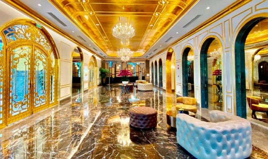 Primer hotel chapado en oro - Primer hotel chapado en oro