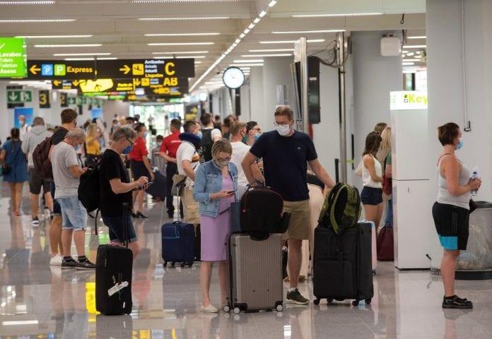 España exigirá PCR negativa viajeros