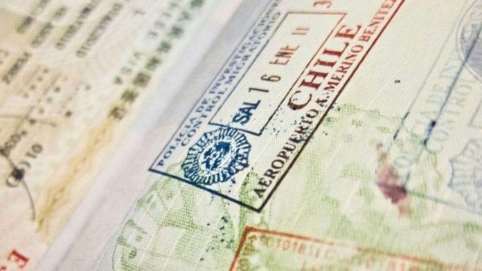 Chile suspende trámites de visas