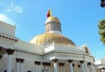 Asamblea Nacional evaluará regular las redes sociales