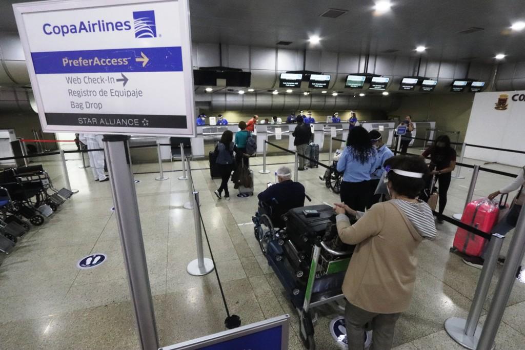 Medidas de bioseguridad en aeropuerto de Maiquetía