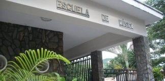 desalojo de escuela de música en Carabobo
