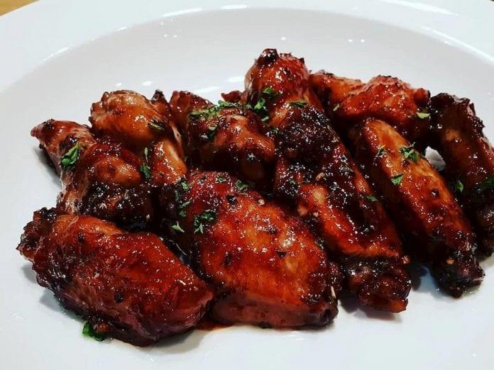 Pollo en salsa negra - Pollo en salsa negra