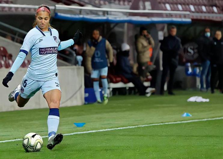 ¡Histórico! Con gol y asistencia, Deyna Castellanos aporta victoria en Champions femenina