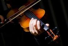 Violinista venezolana - Violinista venezolana