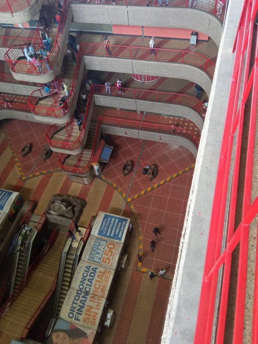 Centro Comercial El Valle