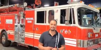 Johan Santana donó camión de bomberos - Johan Santana donó camión de bomberos