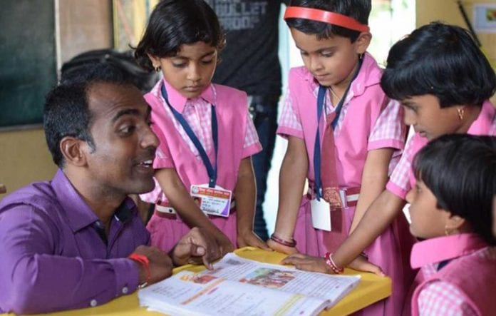 """""""Nobel de Educación"""" maestro indio - """"Nobel de Educación"""" maestro indio"""