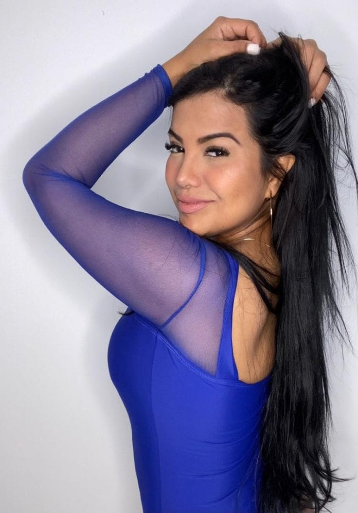 María Valdivez