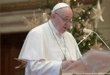 Papa Francisco pide acceso a vacuna