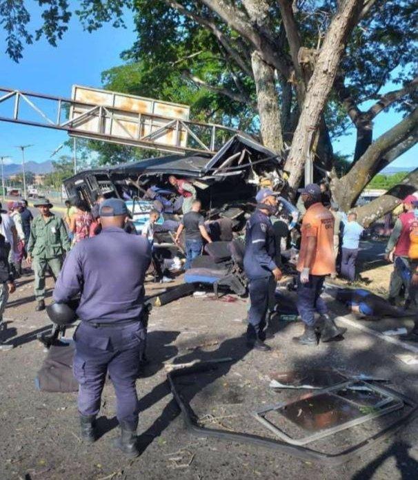 Accidente vial en Tinaquillo