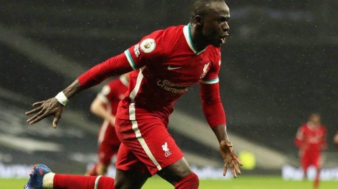 Liverpool resurgió como candidato Tottenham