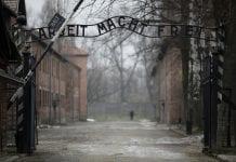 900 sobrevivientes del Holocausto - 900 sobrevivientes del Holocausto