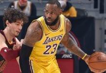 LeBron James preservó invicto de los Lakers