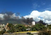 Se produjo un fuerte incendio en sector lebrum de Petare