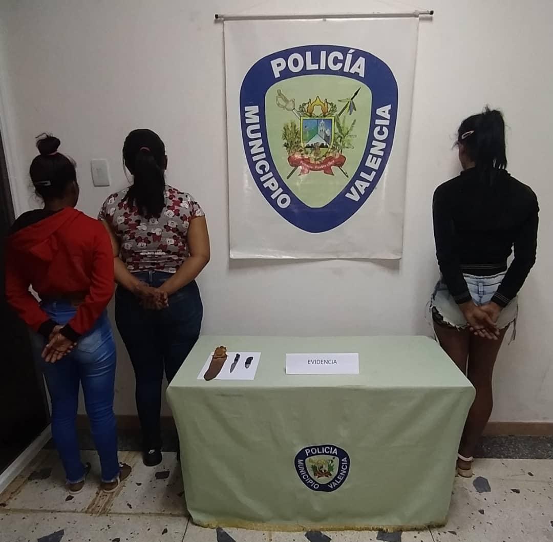 Detienen a tres personas por tenencia de armas