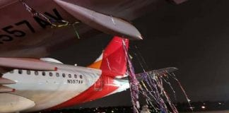 Avión aterriza de emergencia en Bogotá - Avión aterriza de emergencia en Bogotá