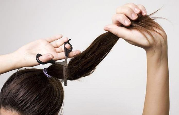 Adolescente mexicana ofertó su cabello - Adolescente mexicana ofertó su cabello