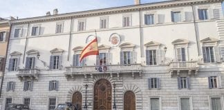Venezolanos en España recibieron protección